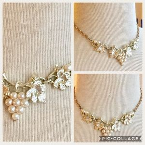Vintage grape necklace pearl gold